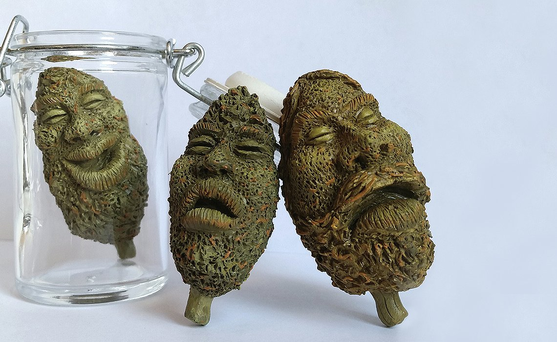 """Florida artist makes """"bud"""" sculptures with stoned faces"""
