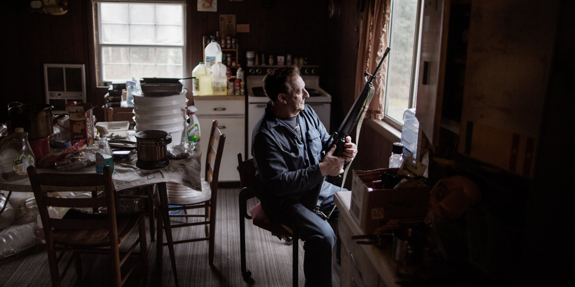 Inside the Opioid-Filled Living Rooms Along America's Rust Belt