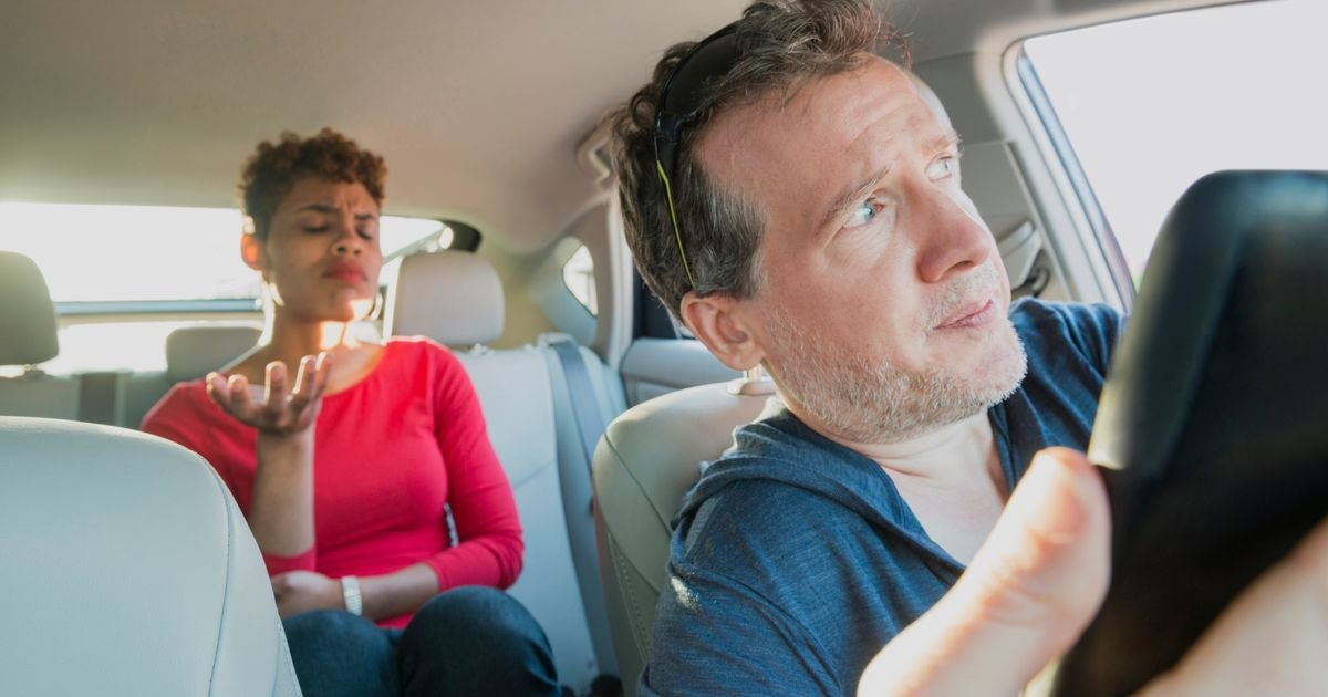 Uber drivers can narc on passengers' drug possession in-app