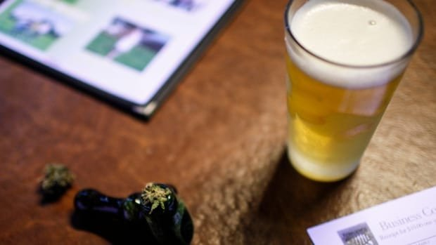 Gatineau company teams up with Molson Coors for new cannabis drinks | CBC News