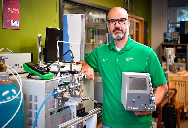 UNT and InspectIR join forces in the war on drugs