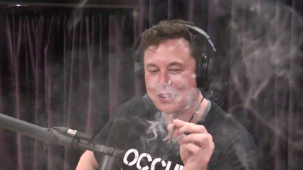 Ex-Tesla employee who alleges she was fired for failing drug test: Musk smoking weed 'like a slap in the face'