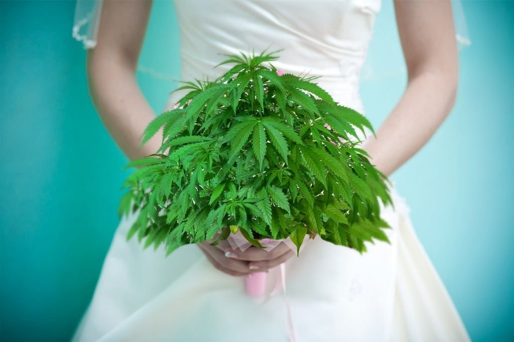 Open Marijuana Bars at Cannabis Weddings Are Now a Thing