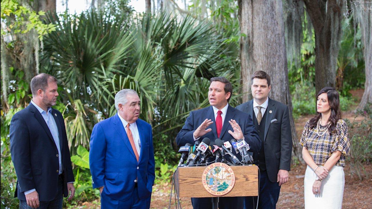 Florida Senate votes overwhelmingly to allow smoking of medical marijuana