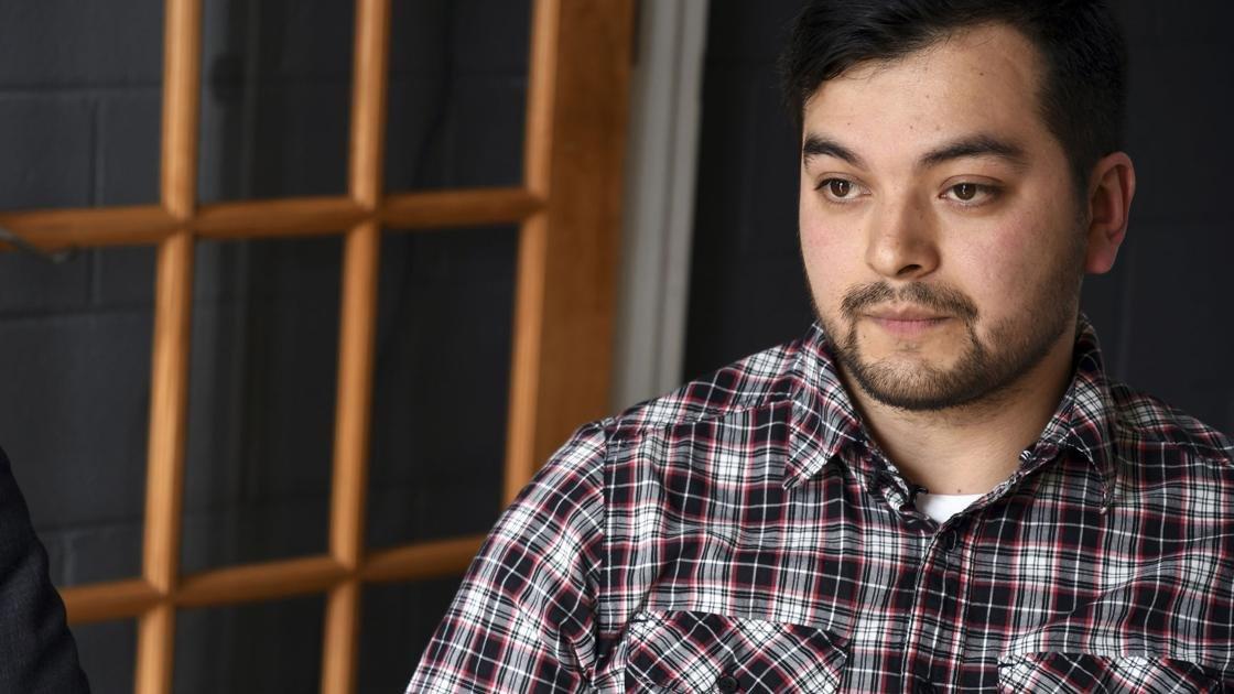 Some legal immigrants in marijuana jobs denied citizenship