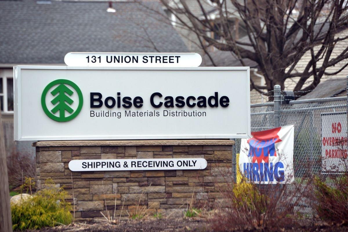 Wood vs. weed: Idaho lumber company Boise Cascade sues marijuana company NETA over tree-shaped logo