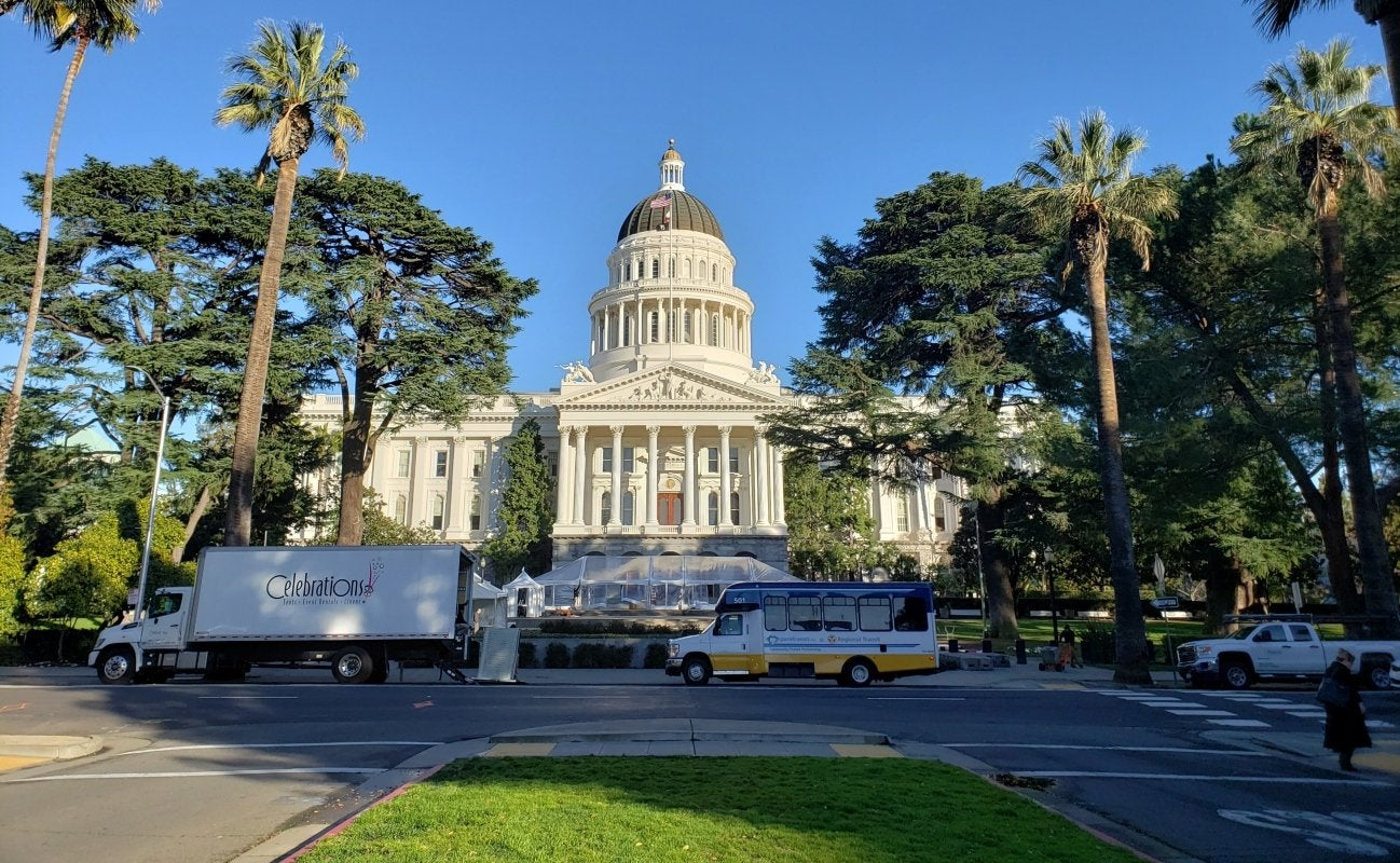 California legislators advanced a bill that would increase the number of marijuana retail licenses in the state by requiring some cities and counties that have banned commercial cannabis to open their doors to the industry.