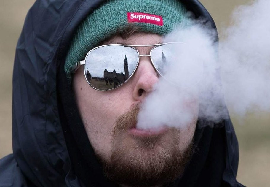 (Illinois) Target date to legally buy marijuana is Jan. 1, but details of bill still hazy