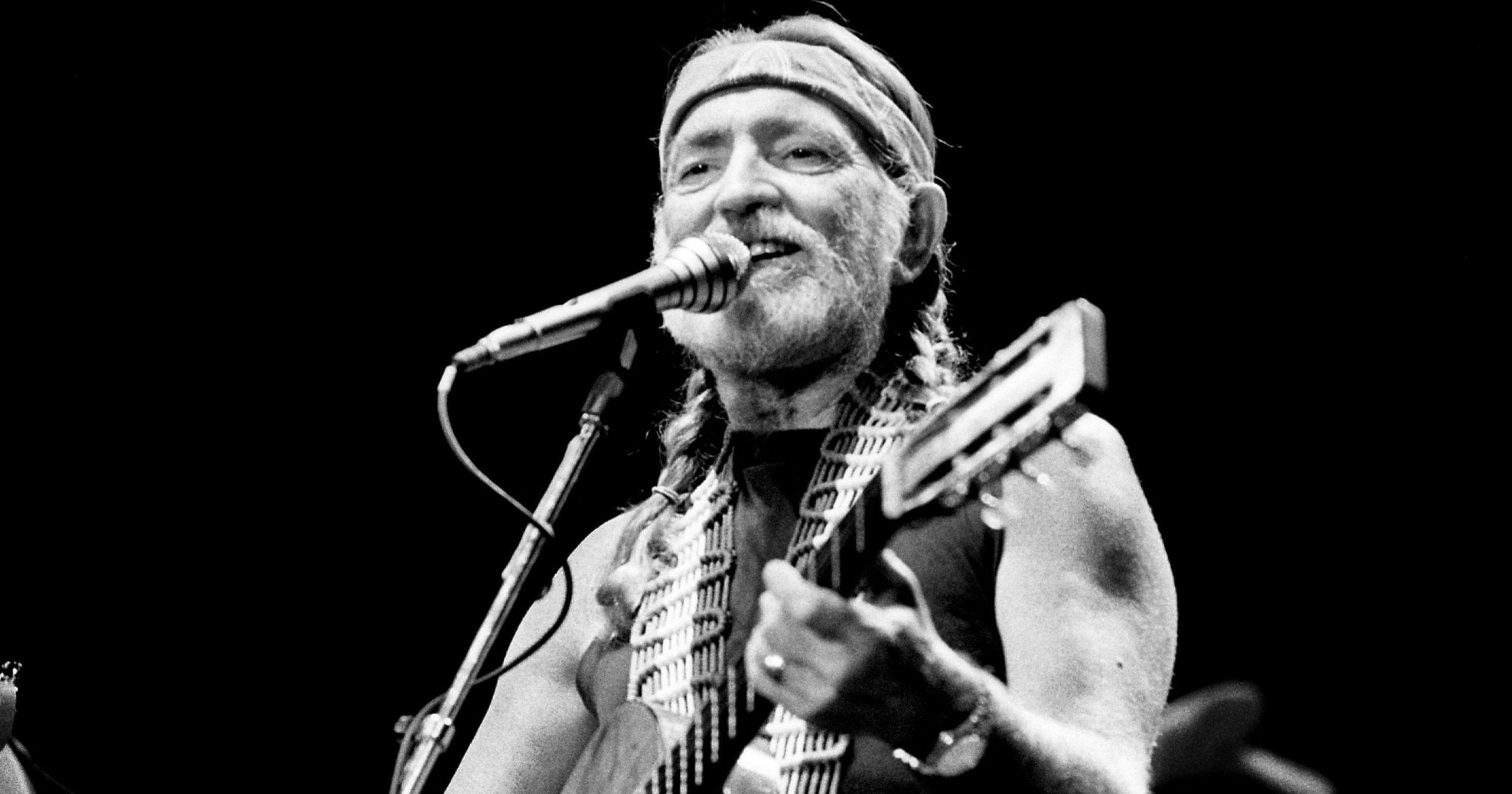 Willie Nelson says that marijuana 'saved my life'