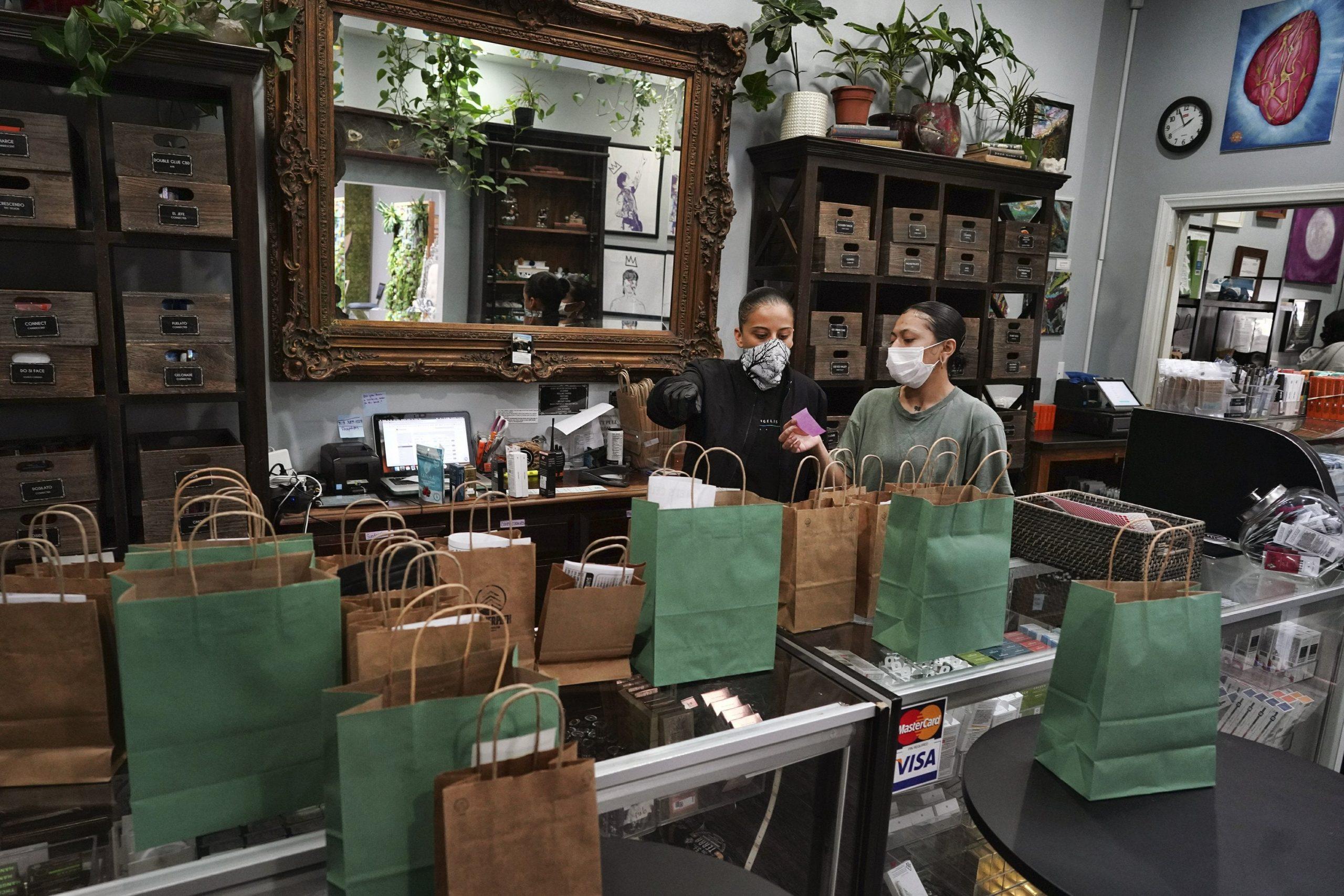 Los Angeles to reset troubled marijuana licensing program